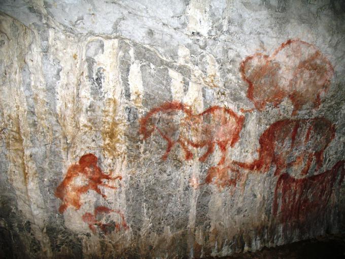 В игнатьевской пещере рисунки