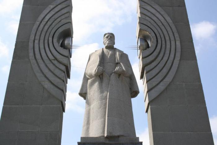 Памятники челябинск цены к фер памятник отопительной батарее в самаре
